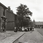 AoM Crowd taken c1908 in Green Lane Ashton on Mersey